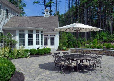 Gilroy-Back patio with wall