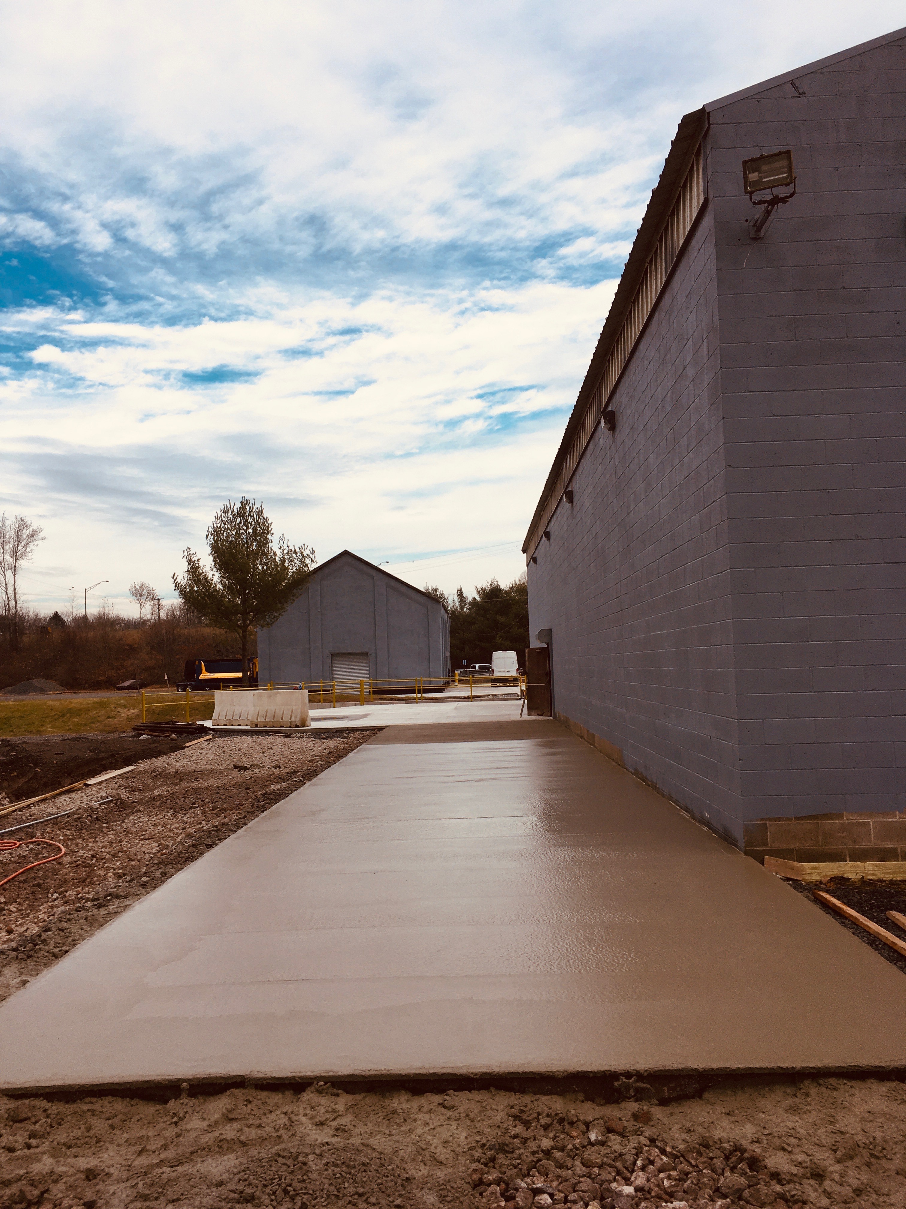 commerical-concrete-pad